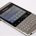 BlackBerry Porsche Design P'9981 features