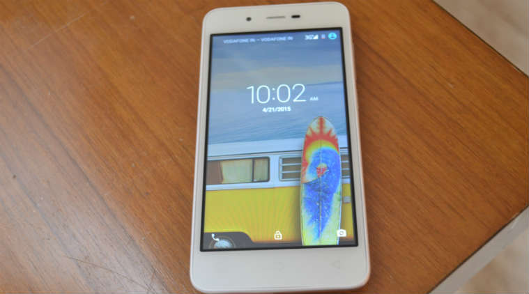 micromax canvas spark, specs, review, sold out in two minutes