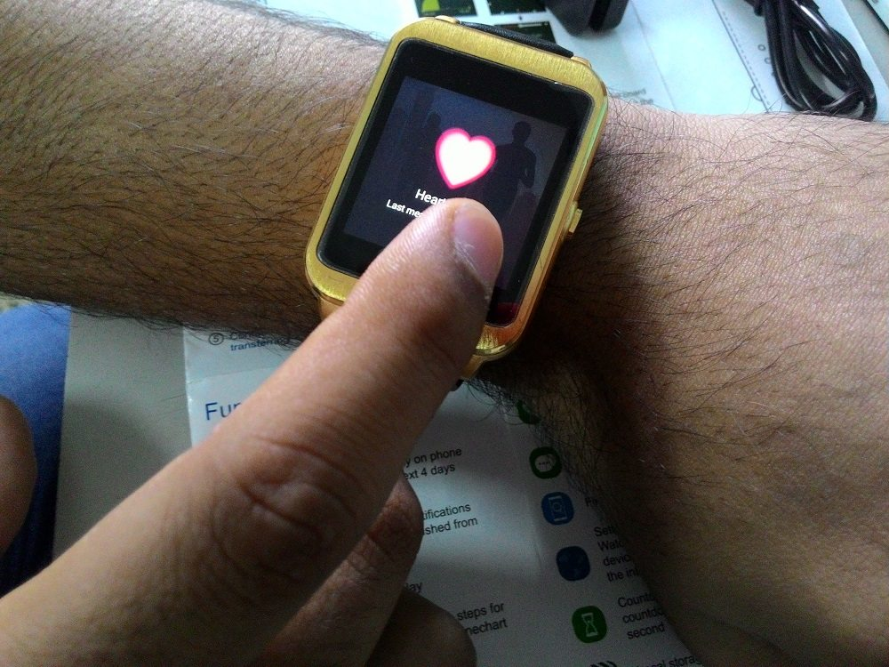 i95 Android Smartwatch heart rate monitor