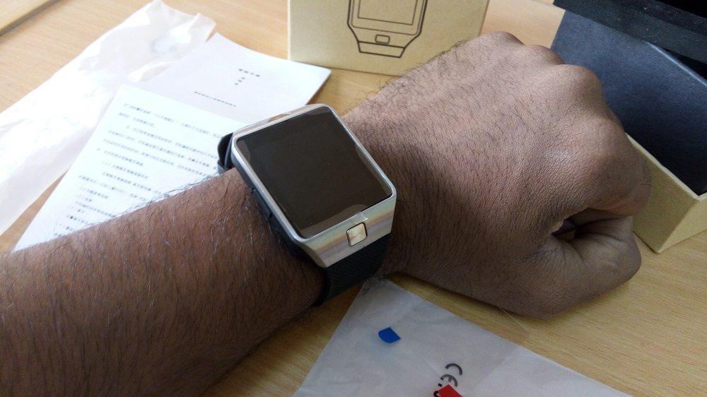 Giveaway Review Dz09 Smartwatch Mobipicker