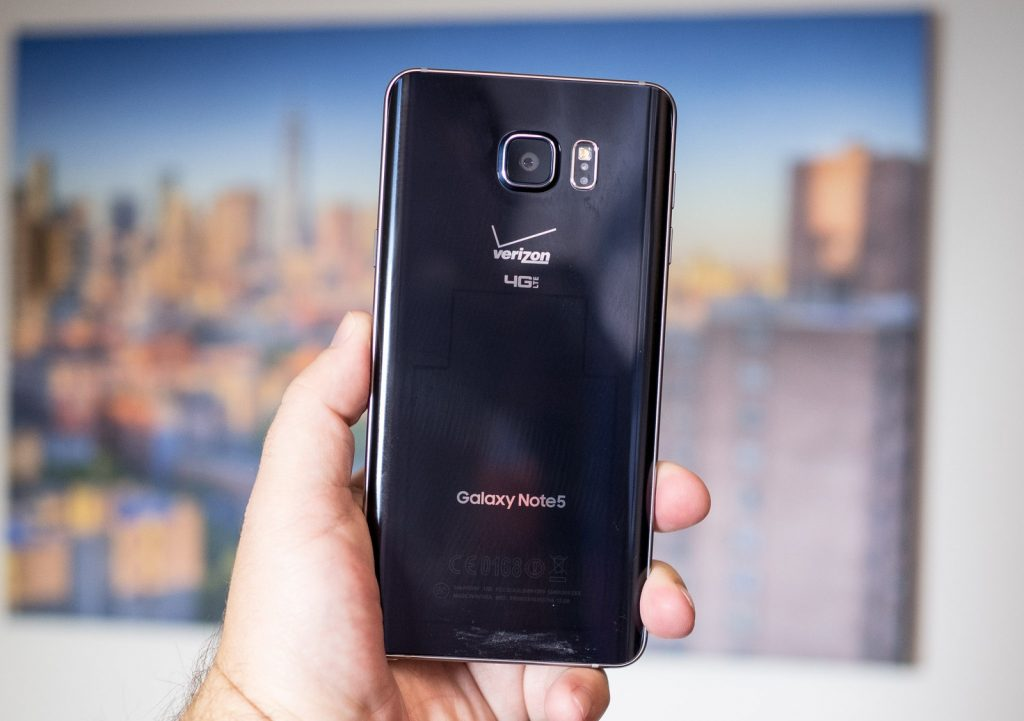 Verizon's Samsung Galaxy Note5 Getting its Android Marshmallow Update
