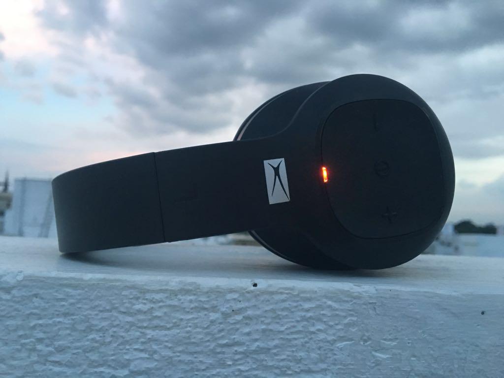 alteclansing bluetooth headphone1