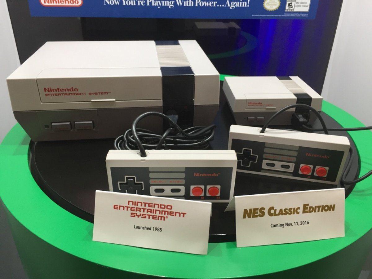 Comparing the classic NES to the mini NES (via wccftech.com)