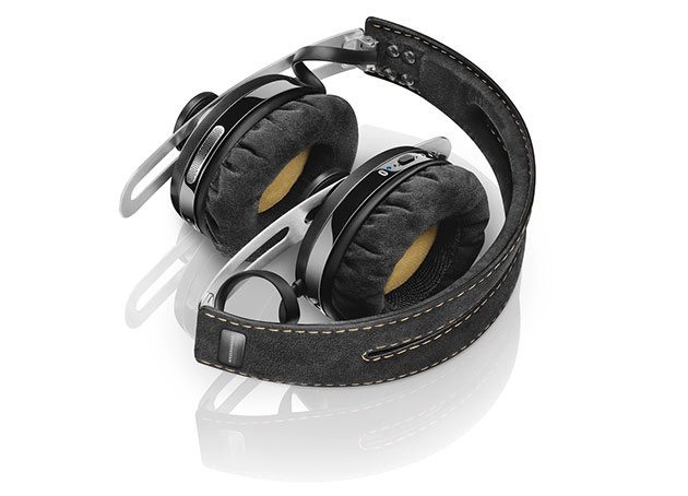 10-best-wireless-lightning-headphones-for-apple-iphone-7-4