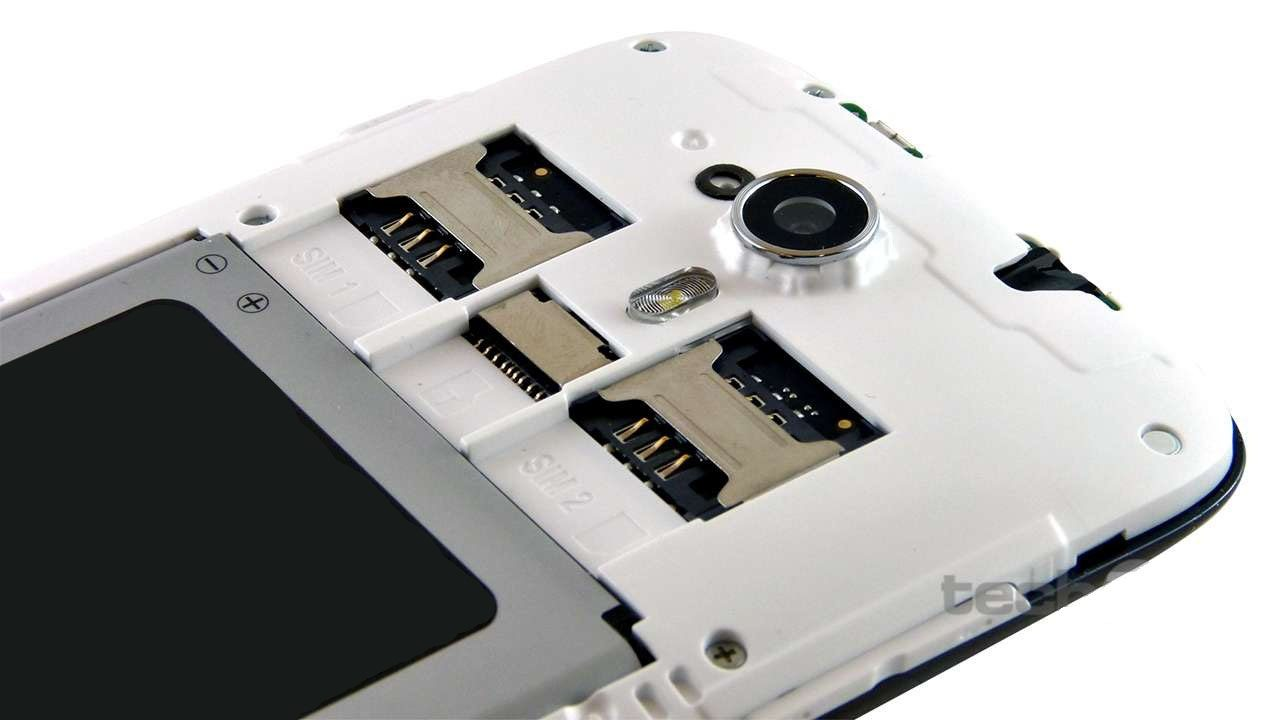 Dual SIM Feature