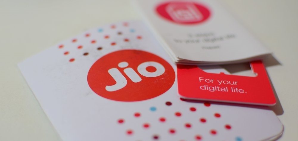 heres-how-to-get-a-reliance-jio-4g-sim-in-three-easy-steps