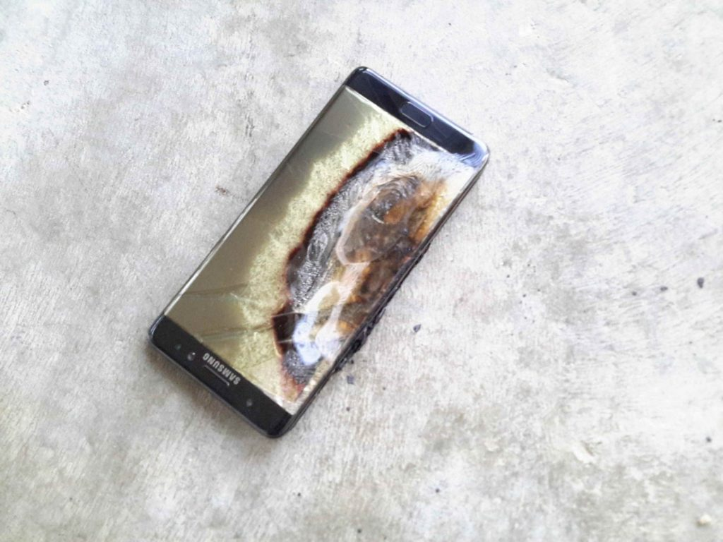 Samsung Galaxy Note 7 Explosion Causes $1,400 Damage In Australia (1)