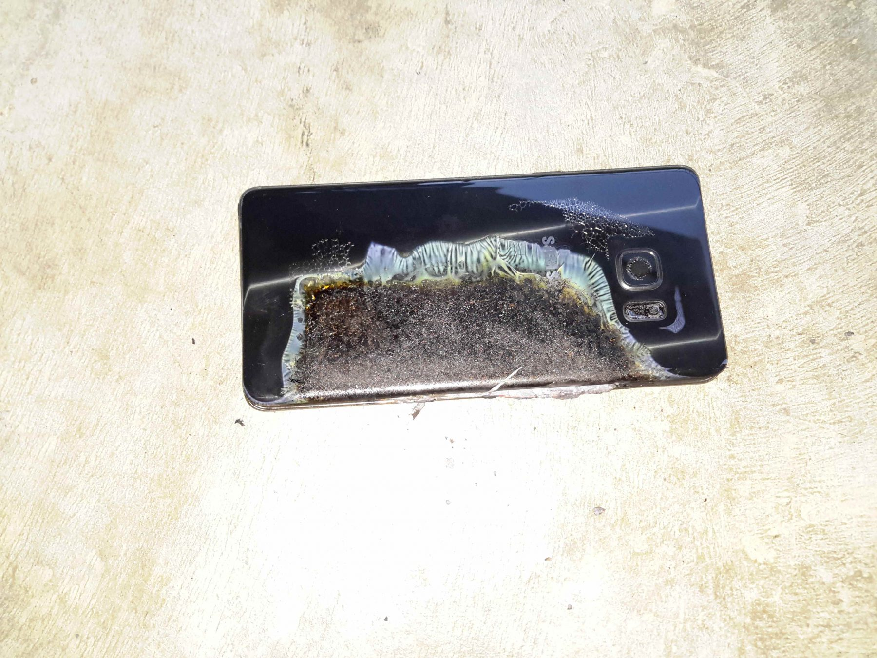 Galaxy Note 7 battery fire cause