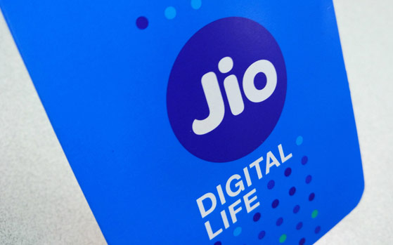 0425edd8db1 How To Get Reliance Jio 4G SIM Delivered At Your Home – Enjoy Free Internet  Data and Voice Calls