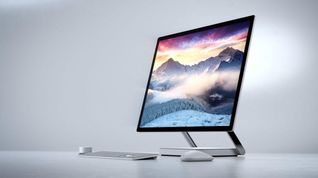 apple-says-it-won-t-leave-microsoft-alone-on-the-desktop-promises-future-imacs-511123-2