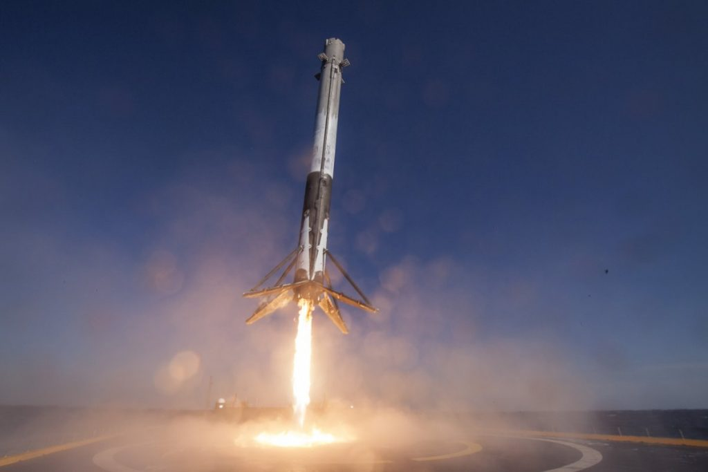 SpaceX saves 50 percent on re-using the Falcon 9