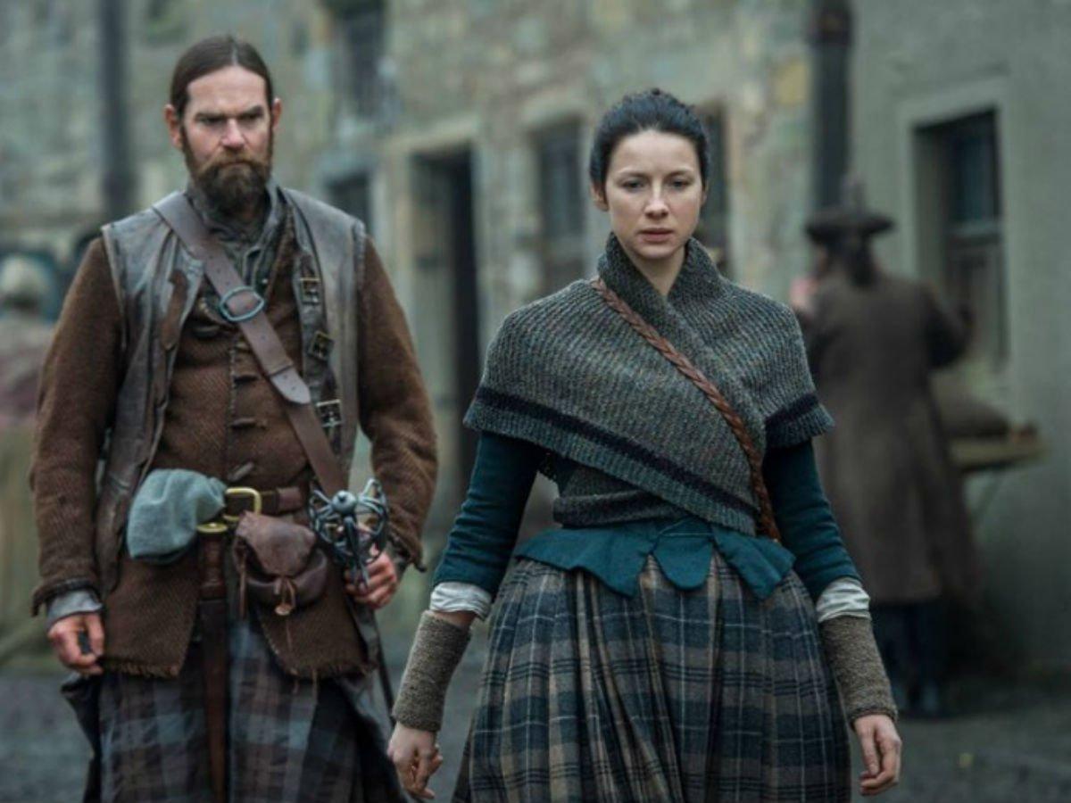'Outlander' Sets Date For Claire-Jamie Reunion Episode